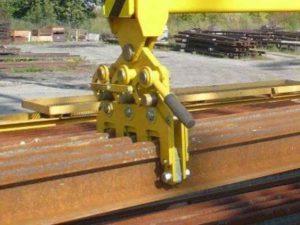 Rail grips RO V216