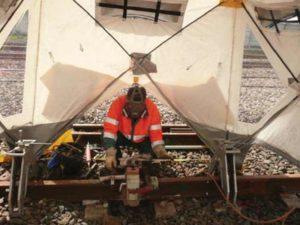 soudage rail ferrovaire sous tente de soudage