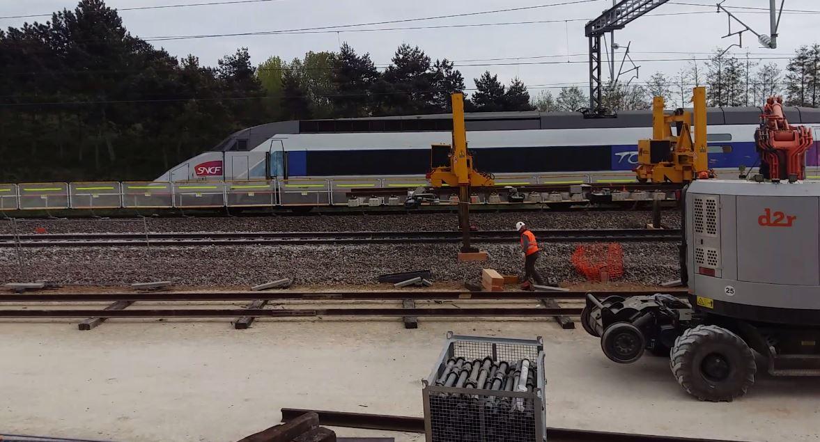 barriere d'entrevoie chantier ferroviaireLGV A de Courtalain