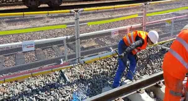 protection barrière entrevoie gare SNCF modane